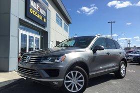 Volkswagen Touareg 3.6L CL**BAS KILOM,CAMÉRA RECUL,TOIT PANO,ETC** 2016