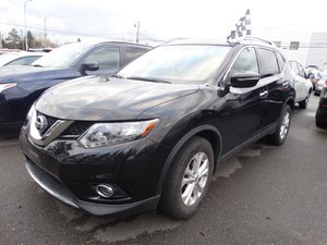 Nissan Rogue 2015 SV/TECH/TOIT PANORAMIQUE/SIEGES CHAUFFANT/MAGS/