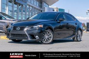 Lexus IS 300 PREMIUM AWD 2016