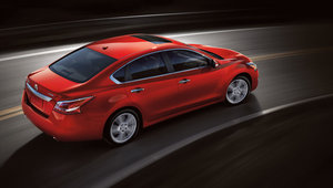 Nissan Altima 2014 – Spacieuse et économique