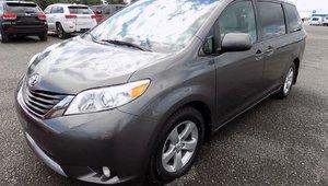 Toyota Sienna LE 8 PASSAGERS 2011 Véhicule endommagé et réparé pour 7901$