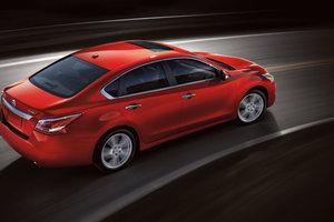 Nissan Altima 2014 – Pour le confort et l'espace