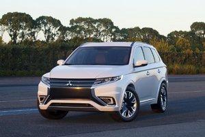 Mitsubishi Outlander 2015, familial et pratique