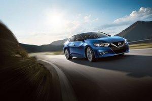 2017 Nissan Maxima: impressive combination of comfort and performance