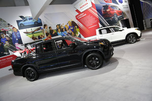 The new 2017 Honda Ridgeline is at the Montreal Auto Show