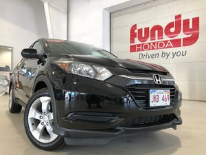 2016 Honda HR-V LX w/heated front seats ONE LOCAL OWNER, NO ACCIDENT