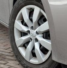 Toyota Corolla LE PKG 2015 BAS KM!!!!