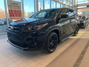 2019 Toyota Highlander SE NIGHTSHADE RARE !