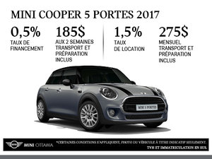 La MINI Cooper 5 portes 2017