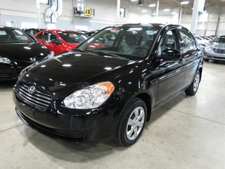 2011 Hyundai Accent GLS (A/C, Financing Available)