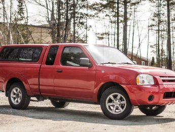 Nissan Frontier 2WD 2003 XE