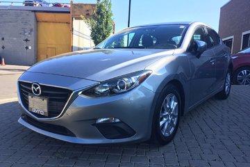 2015 Mazda Mazda3 GS, LOW KILOMETERS! ONE OWNER! BACK-UP CAMERA!