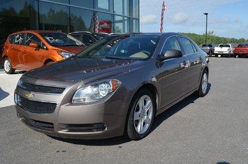 2011 Chevrolet Malibu LS,AIRE CLIMATISÉ, VITRE ET PORTE ÉLECTRIQUE