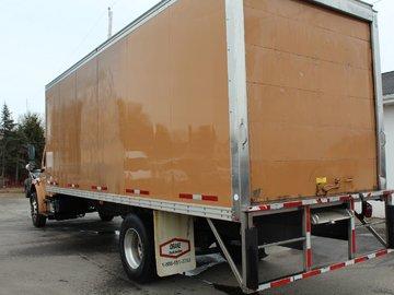 2012 FREIGHTLINER MM106 CUMMINGS ISB 200HP BOX TRUCK