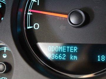 2013 GMC Yukon SLT 5.3L 8 CYL AUTOMATIC 4X4 - 7 PASSENGERS