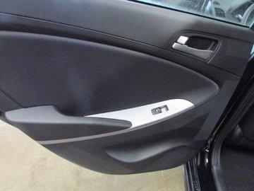 2017 Hyundai Accent GL 1.6L 4 CYL 6 SPD MANUAL FWD 5D HATCHBACK