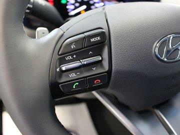2018 Hyundai IONIQ HYBRID Limited