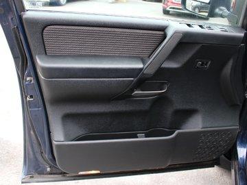 2012 Nissan Titan SV 5.6L 8 CYL AUTOMATIC 4X4 CREW CAB