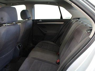 2006 Volkswagen Jetta TDI 1.9L 4 CYL DIESEL 5 SPD MANUAL FWD 4D SEDAN
