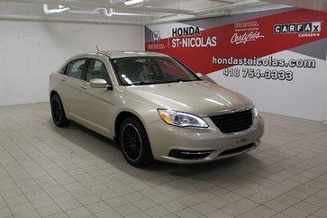 Chrysler 200 LX + MAGS + CRUISE + BAS KM + DÉMARREUR 2013