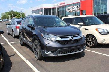 Honda CR-V Touring + GPS + TOIT PANO + CUIR + DÉMARREUR 2017