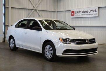 Volkswagen Jetta Sedan (Caméra de recul) 2015