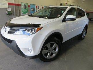 Toyota RAV4 XLE AWD Gr:A * CAMÉRA + TOIT + SIÈGES CHAUFFANTS* 2015