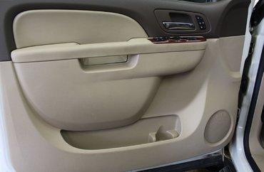 2012 Chevrolet Avalanche 1500 LTZ 5.3L 8 CYL AUTOMATIC 4X4 CREW CAB