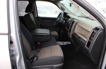 2012 Dodge RAM 1500 ST 4.7L 8 CYL AUTOMATIC 4X4 QUAD CAB