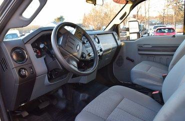 2016 Ford F-550 XL S/DUTY DRW - DIESEL / 4X4 / CUBE VAN
