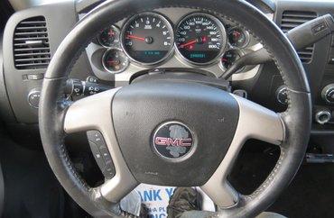 2011 GMC Sierra 1500 SLE 4.8L 8 CYL AUTOMATIC 4X4 CREW CAB