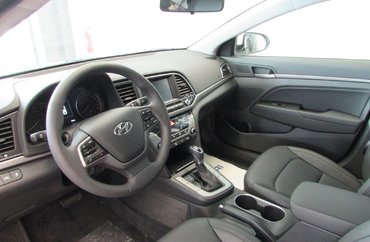 2017 Hyundai Elantra SE 2.0L 4 CYL AUTOMATIC FWD 4D SEDAN