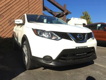 2017 Nissan Qashqai S AWD CVT
