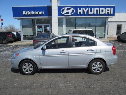 2011 Hyundai Accent GL // AUTO // AC // POWER GROUP //