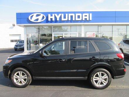 2011 Hyundai Santa Fe GL Premium // Sunroof // 4cyl