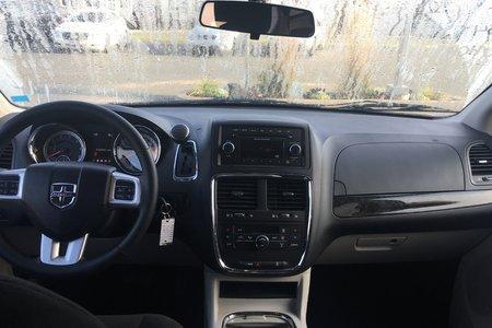 2015 Dodge Grand Caravan CREW! 7 PASSENGER! A/C! POWER SEATS!