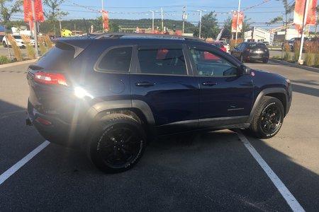 2016 Jeep Cherokee Trailhawk- $227 B/W
