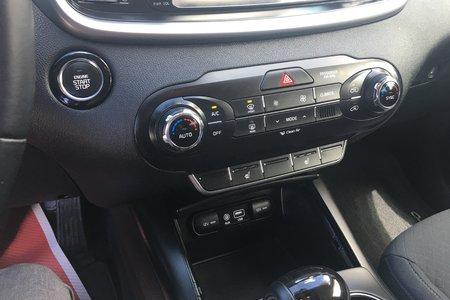 2017 Kia Sorento LX Turbo- $210 B/W