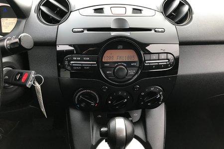2011 Mazda Mazda2 GX w/CONVENIENCE