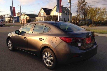 2016 Mazda Mazda3 GX-SKY BACKUP CAMERA! 7 INCH TOUCH SCREEN!