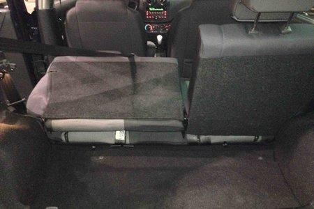 2010 Pontiac G3 BASE...$39 WEEKLY...LOW KMS...NEW TIRES..CLEAN!!