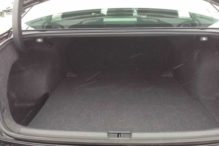 2012 Volkswagen Passat TRENDLINE...LOW LOW KMS..$125 B/W..RARE FIND!!