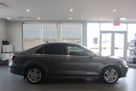 Volkswagen Jetta Sedan TSI 2016