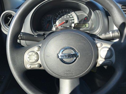 Nissan Micra SV 2015 TRES ECONOMIQUE (14/15)