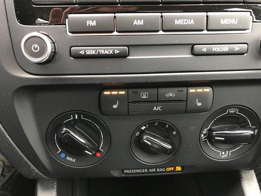 Volkswagen Jetta Sedan Trendline 2013 BAS KM (11/12)