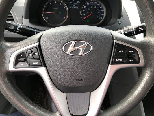 2013 Hyundai Accent GL (4/7)