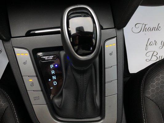 2017 Hyundai Elantra GL (10/11)