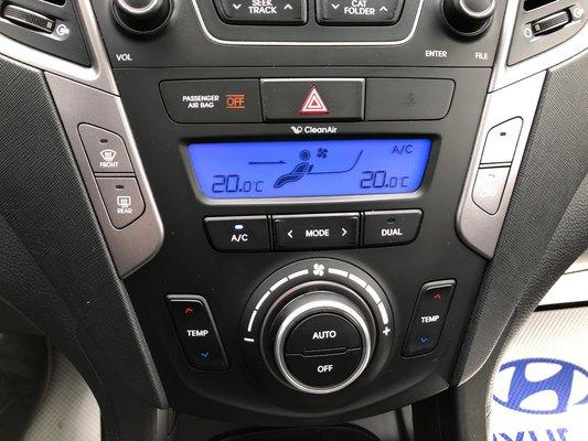 2014 Hyundai Santa Fe Sport 2.0T  SE (9/13)