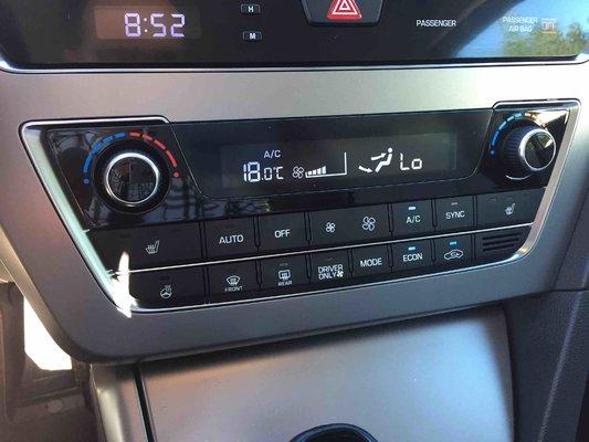 2016 Hyundai Sonata Hybrid Hybrid (7/8)