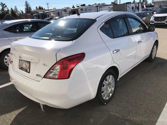 2012 Nissan Versa SL (2/7)